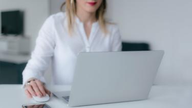 HELP YOU オンラインアシスタントでバックオフィス業務を効率化できる